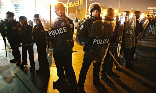 police rule riot picture